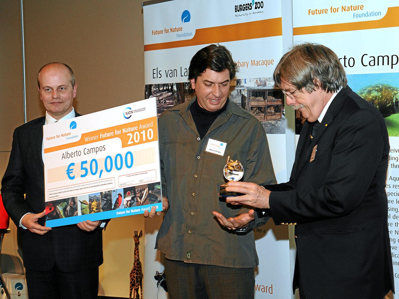 Alberto campos gets FFN Award 2010